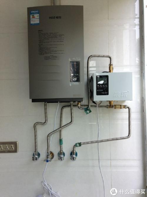 每次洗澡都要等热水,除了优化热水器安装位置,还可以装个回水器