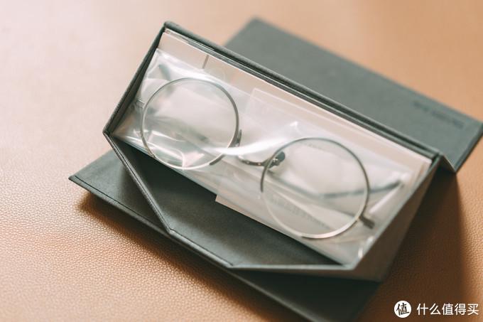 比完整更加完美 — 大饼脸妹子的 TAPOLE 四分之三眼镜 使用体验
