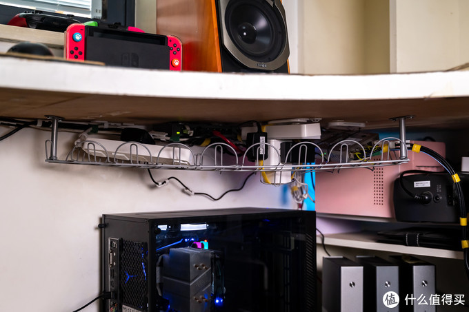 我的十款桌面好物分享,既是生产力工具也是垃圾佬的舒适空间!