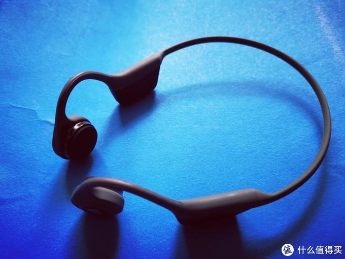 不塞耳朵里的蓝牙耳机,南卡骨传导运动蓝牙耳机上手体验