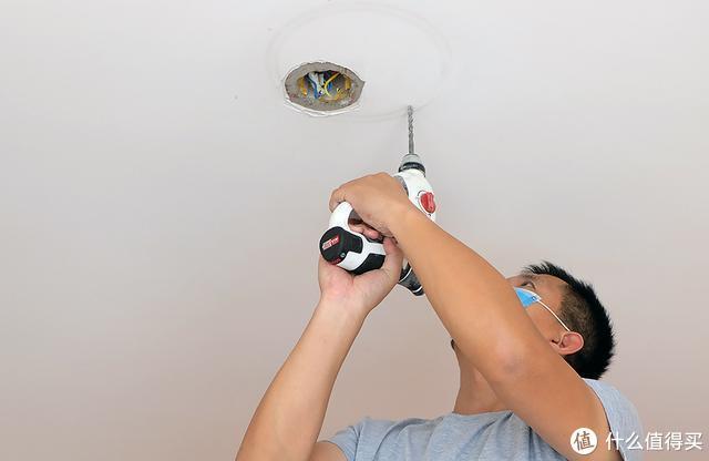 小米生态链推出可联网米家吸顶灯套装,自定义智能场景让家更智能