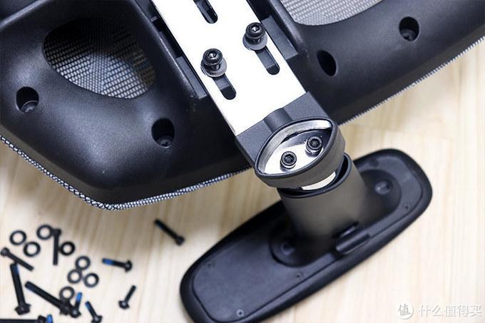 头腰扶手皆可调,舒适安坐可躺倒,西昊M57人体工学电脑椅