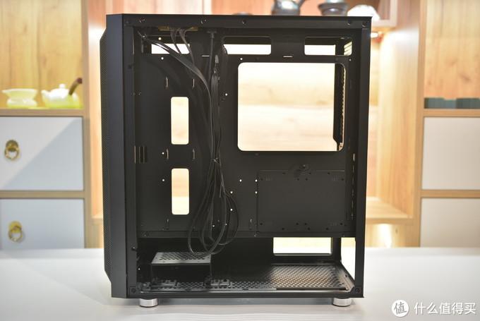 200元的机箱就能竖装显卡?先马鲁班1机箱测评(附显卡横、竖装温度简易对比测试)
