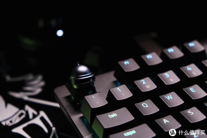 更轻更快:雷蛇 猎魂光蛛精英版 线性光轴版