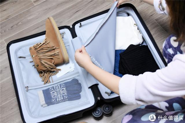 价格便宜,又耐用,学生党回家买它就够了,小米旅行箱