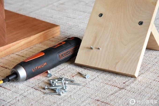 来张木板背面的特写可以看出4、5两档已经穿透了。并且因为根据力度的不同,第5档比第4档穿透更多。在实际使用过程中个人建议第3档即可满足日常所需