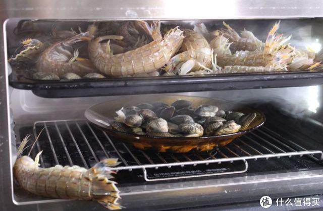 瞎买啥微蒸烤!13道菜谱验证完,又得扔东西!烘焙炒菜蒸海鲜,厨房不够用了……