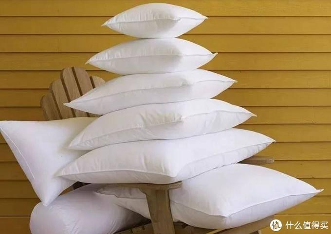 睡了就无法忘记的羽绒枕,拔草做功课,才发现其中的门道这么多