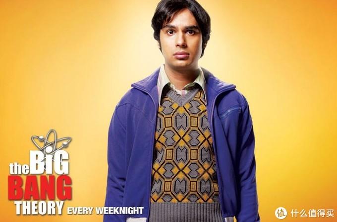 Rajesh 虽然仍然是单身汪 但从最初的只有喝酒时才能和女孩说话 到后来周旋于两个女孩的大猪蹄子 也算是成长了吧