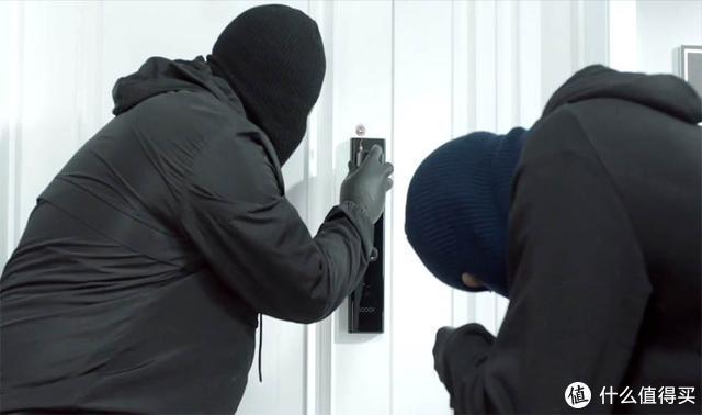 智能联动,鹿客Classic 2S智能锁保障家居安全