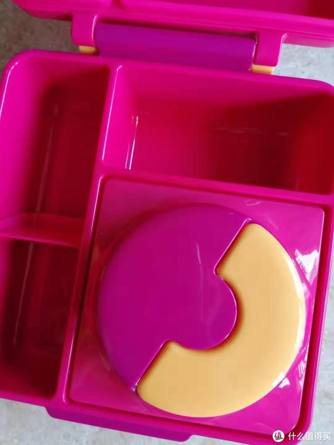 种草刚入手OmieBox儿童饭盒,360度无死角晒实物照,附Omiebox饭盒内部功能详细大拆解