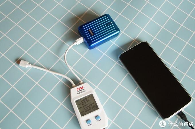 小身材输出大能量:Zendure SuperMini移动电源体验评测
