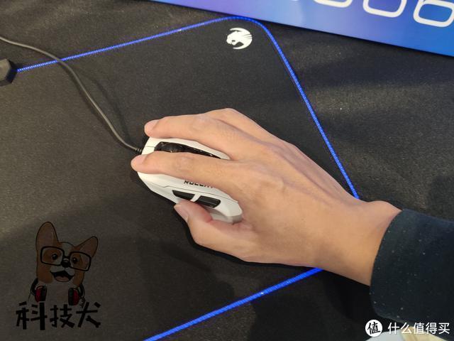 魔幻豹夜枭超轻版Kone Pure Ultra电竞鼠标体验:玩游戏就选它