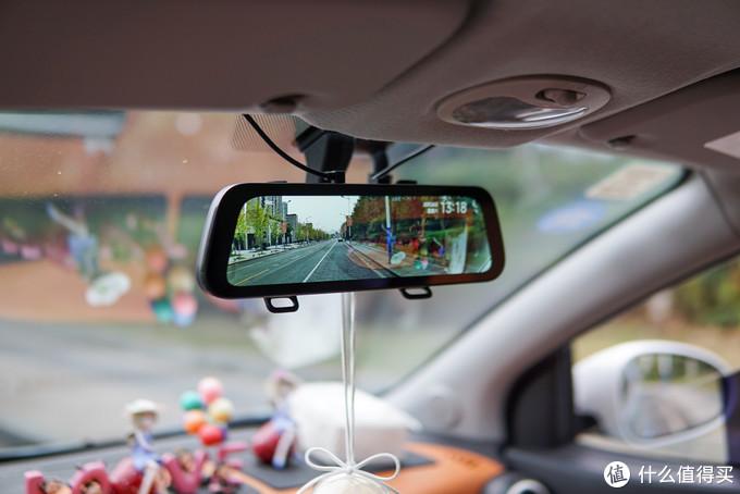 小米生态链70迈新品评测:10寸大屏,双镜头,能代替传统后视镜?