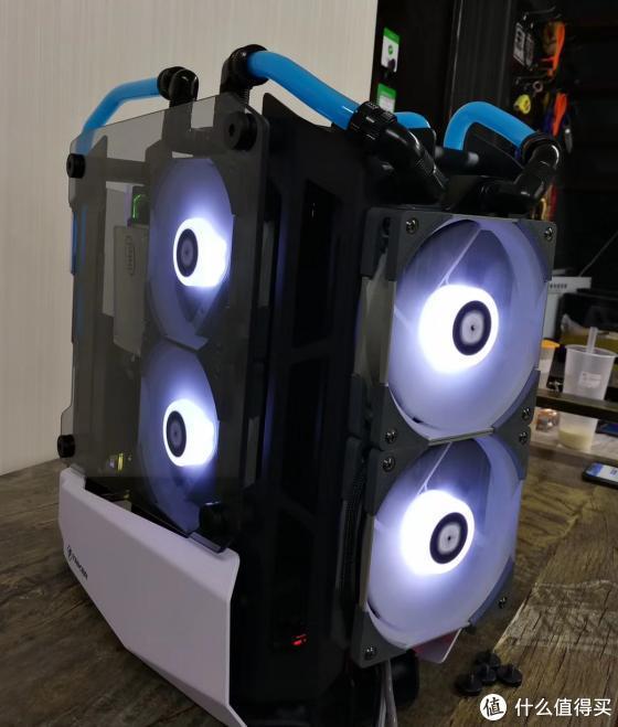安钛克STRIKER锋芒再现,分体式水冷电脑机箱,挑战你的极限