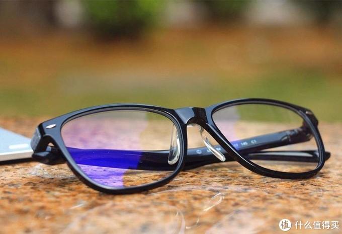 防蓝光眼镜真的能保护宝宝的眼睛吗?