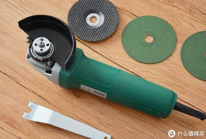 家用工具怎么选,世达角磨机要不要来一套?