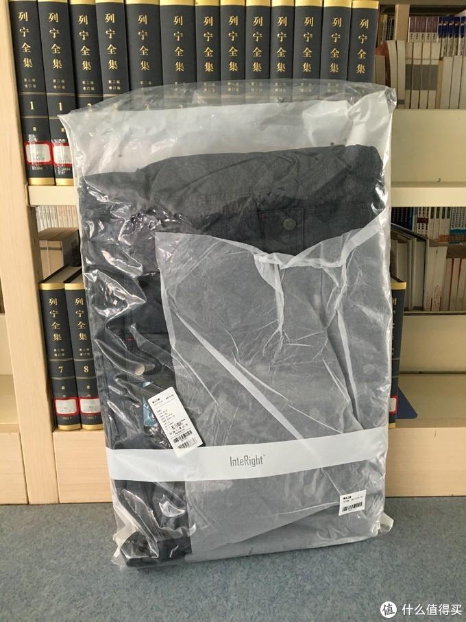 图书馆猿のINTERIGHT系列晒单 10:男款加厚连帽保暖棉服 简单晒