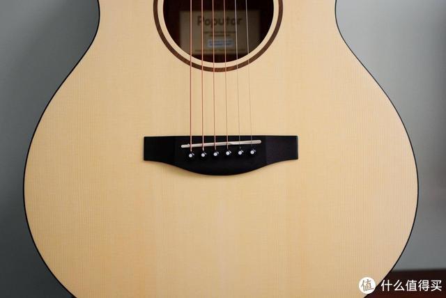 满足弹吉他的梦想:入手Poputar智能吉他,小姐姐在线教学