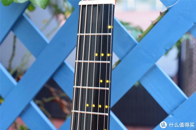 Poputar智能吉他体验:自学吉他不求人,学习变成打游戏!