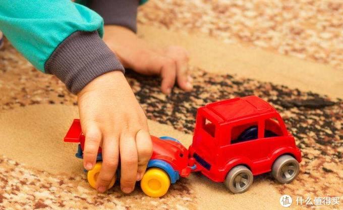 中外儿童玩具标准大PK!比好看酷炫更重要的是?