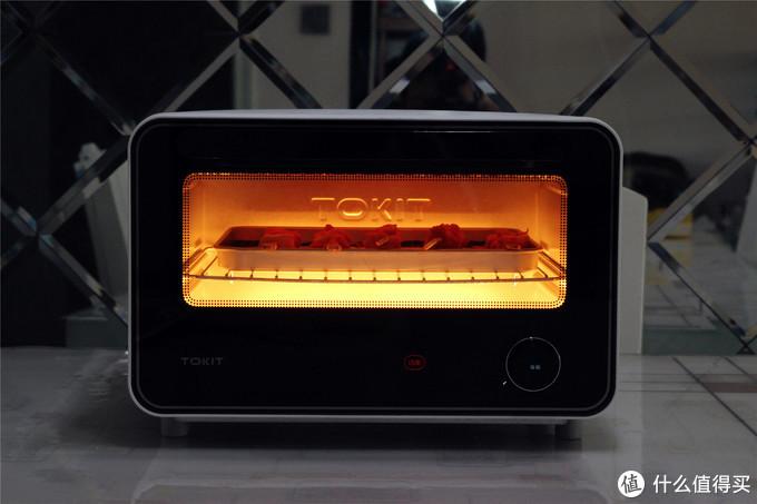 扭扭按按就能完成美食制作?YES!TOKIT迷你智能电烤箱评测
