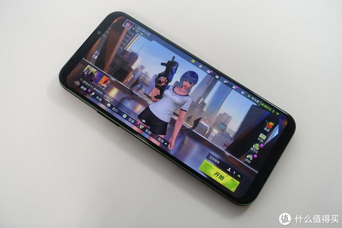 京奇宝物之游戏篇:黑鲨手机+哈曼卡顿音箱+阿米洛键盘~三样高颜值装备给你不一样的游戏体验