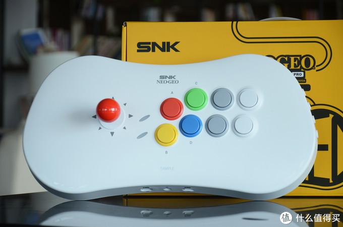 街机元老SNK新品开箱:一款全尺寸家用式摇杆控制器
