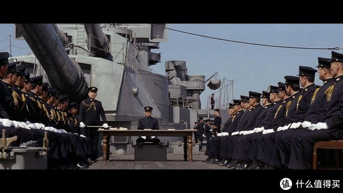 《决战中途岛》了解一下史上最危险最华丽的战术:俯冲轰炸