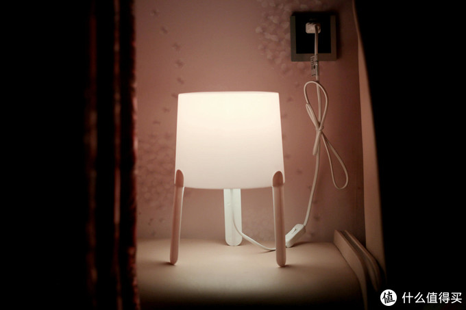 调调新鲜灯泡体验:单灯就能玩出的智能、氛围与情调