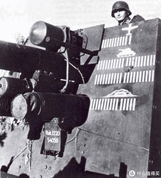 历史照片中的炮盾,似乎灰88的涂装就来源于这张照片