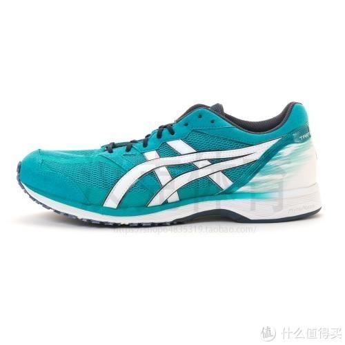 典型的竞速跑鞋——亚瑟士的虎走