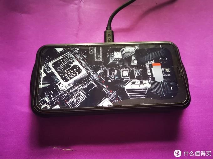 手机高配的今天,你是否拥有一块无线充电器?
