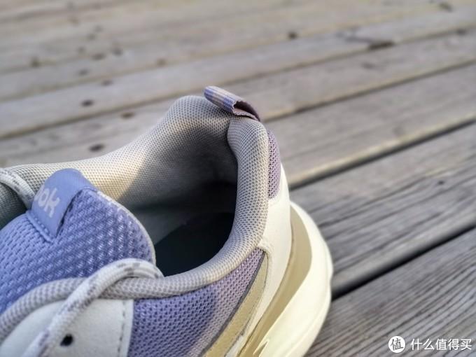 跃步轻盈,舒适有型—Reebok锐步 BRIDGE 3 复古老爹鞋