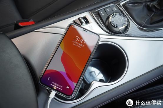 车那么贵,手机那么贵,不配个好点车充嘛?