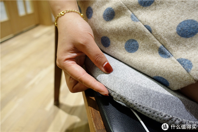 Aika石墨烯发热三件套,随时热敷放松,让办公开车又暖又不累