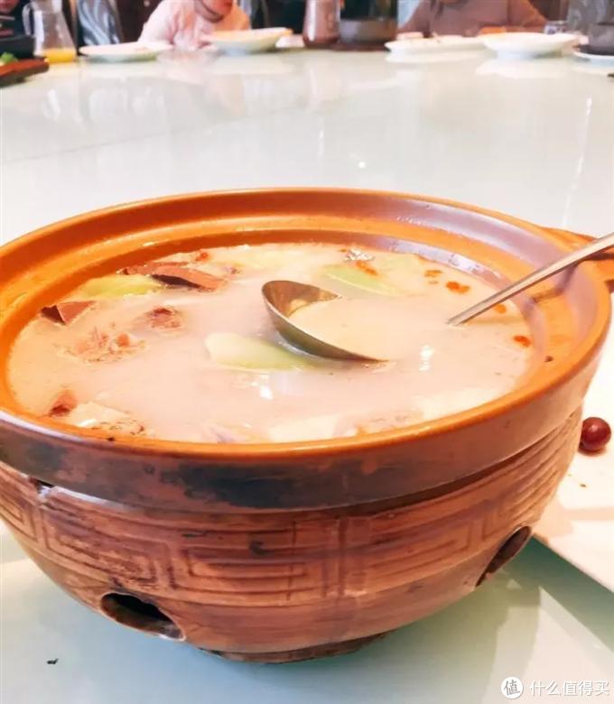 菠菜鸭杂汤