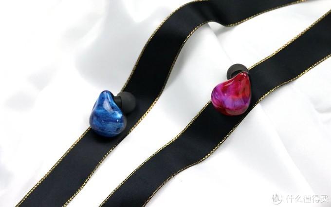 给女朋友的礼物,不仅好看,佩戴还很舒适,这款耳机值得你买单