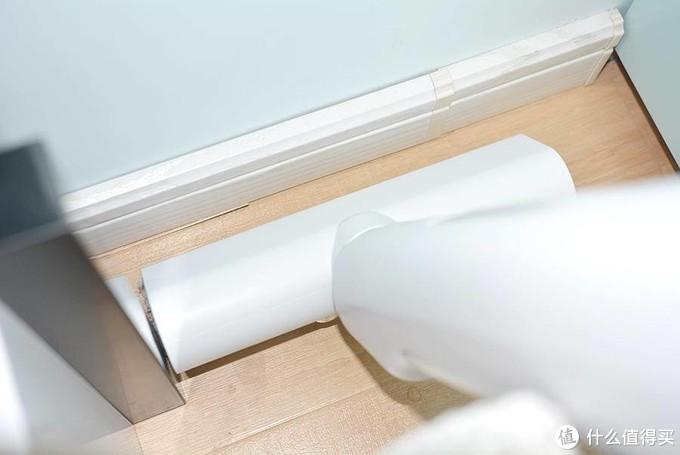 拖地不留死角 能够自动清洁滚刷的微湿自动拖把