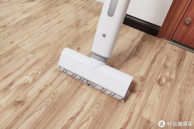 小米有品众筹爆品,洒哇地咔微湿电动拖把,直立手持+强劲动力