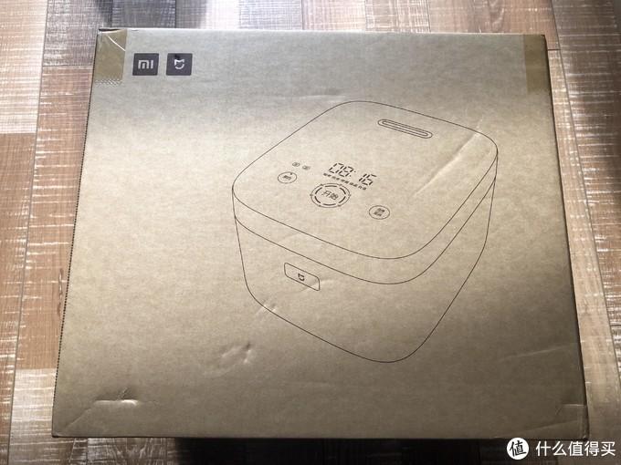 依旧环保纸壳箱,左上角小米米家标志,已接入米家APP