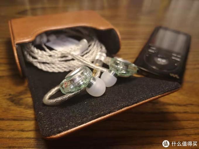 小白入坑HiFi — 兴戈洛神EM2圈铁耳机