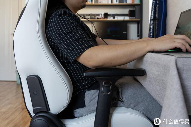 后悔买晚了系列,电竞椅这种东西如果不试试,可能永远都不会考虑
