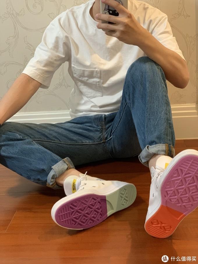 秋季穿搭指南:秋季如何穿?一文精选男士运动鞋秋季穿搭