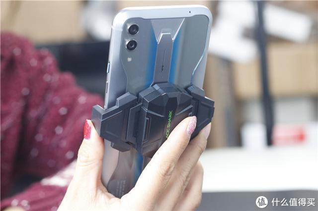 小米黑鲨手机又出新品!仅售149元,让有线耳机再次复活