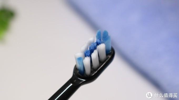 杜邦软毛+杀菌烘干,feelove扉乐声波电动牙刷F1带来刷牙新体验