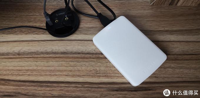 电脑桌最佳拍档,美观又实用,奥睿科桌洞式分线器体验