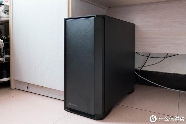 全方位覆盖电脑所需接口,只要一个绿联拓展坞就可以搞定