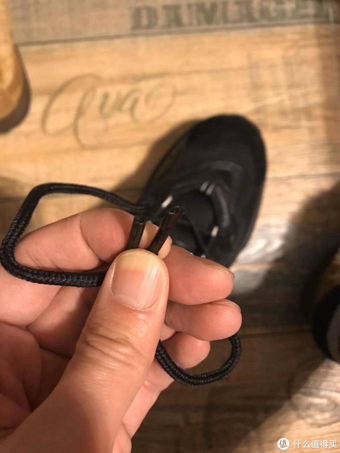 为什么你要压鞋带!