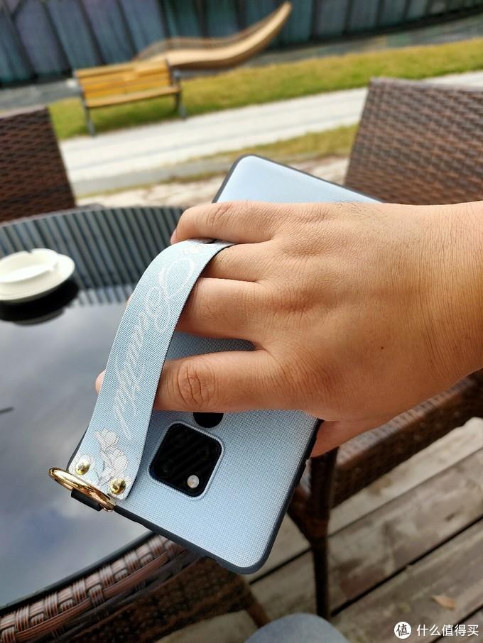 华为mate 20 X绝配,手滑党的佳伴:有颜值,有防滑带的手机壳
